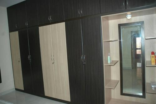 Wardrobes and Lofts 12