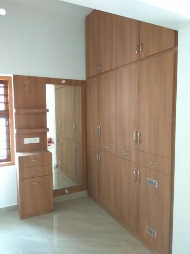 Wardrobes and Lofts 21